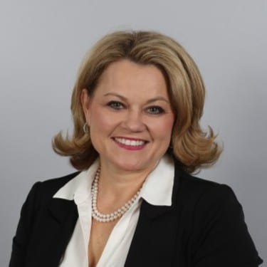 Welcome another great thought leader, Karen Casey, to the podcast. When trying to increase employee performance, it can be easy to lose sight of maintaining an employee-centered culture. We will discuss how you can keep it in mind!